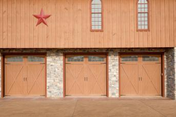 This new bank barn was built by Stable Hollow Construction