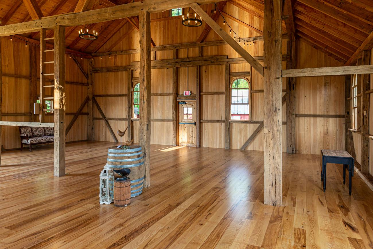 Restored Wedding and Event Barn in Keedysville, MD ...