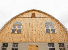 Bank barn restored by Stable Hollow Construction