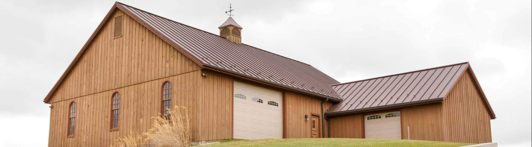 Stable Hollow Construction built this bank barn.