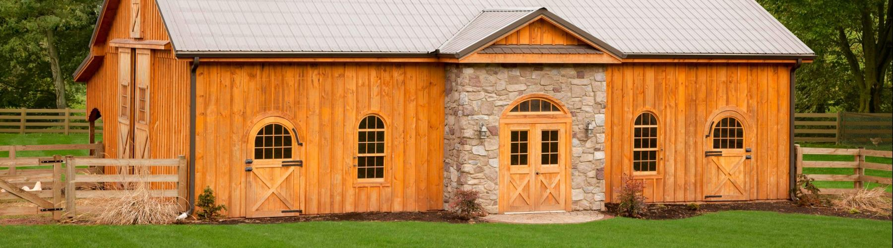 Horse barn built by Stable Hollow Construction